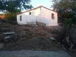 izmir dikili yenice de satılık tamirat tadilat isteyen köy evi 100 m2.